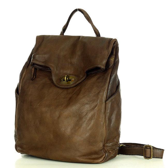 akademicki plecak